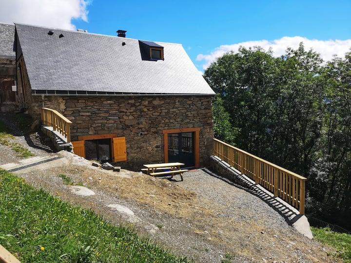 La Grange de Soulan avec vue imprenable et jardin