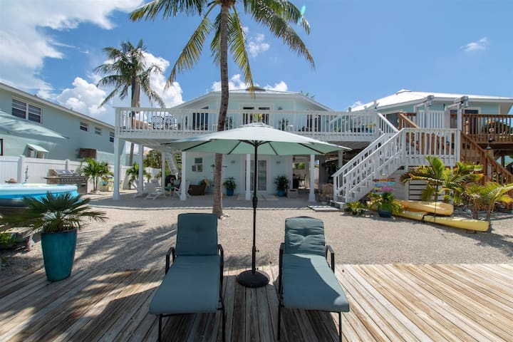 Beautiful Canal Front Home on Anglers Drive PLR (Phone number hidden by Airbnb)