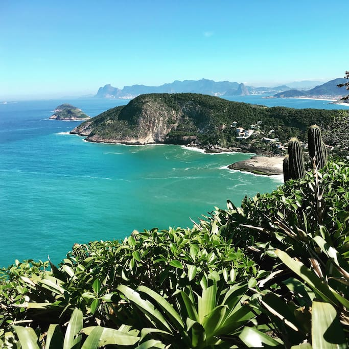 Great exercise! Walk up the Costão Pedra right at the end of our street on the left at the entry of the park Serra da Tiririca.