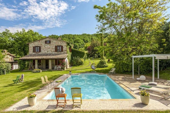 Encantadora villa en Melle con piscina