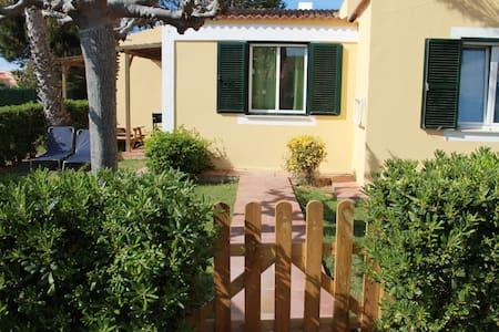 Planta baja jardín y piscina - Cap d'Artrutx - Apartamento