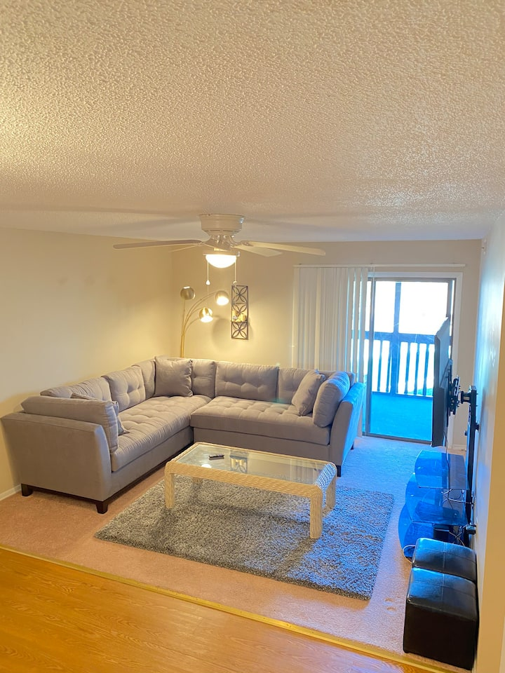 ★ Downtown Condo 2 bed 2 bath in High point! ☆