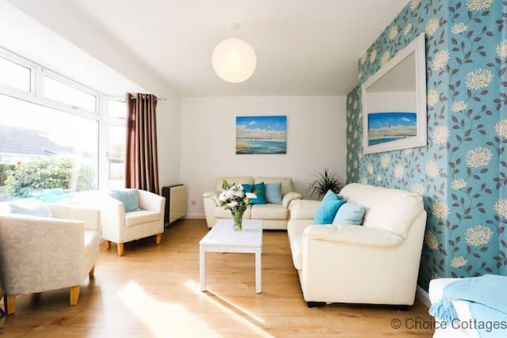 BRAUNTON BEACON VIEW | 3 Bedrooms|HOT TUB |PET FRIENDLY