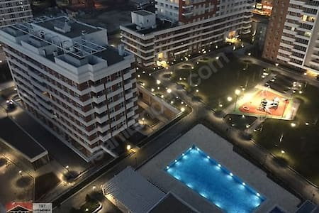 Residence new\ comfortable - 8 min to airport