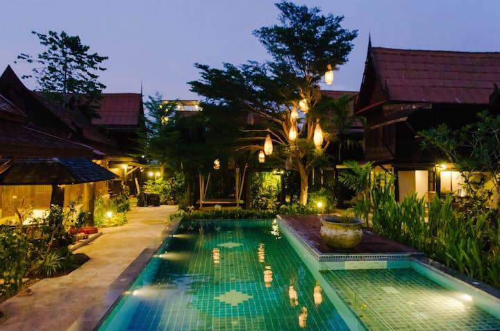 Sunny traditional spacious pool villa +terrace V4