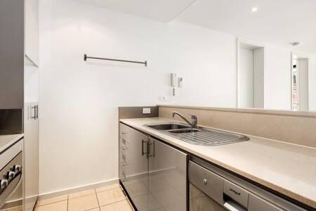 Beautiful Room In Port Melbourne Apartment - Port Melbourne - Apartamento