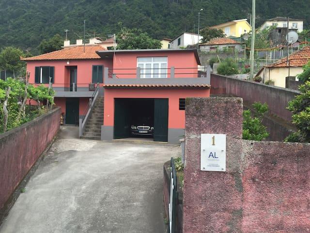Casa Reizinho - Arco de São Jorge - Santana - Casa