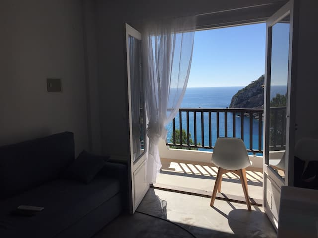 Ibiza modern apartment, with real sea view