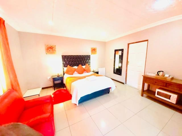Spacious, relaxed  & stylish accommodation