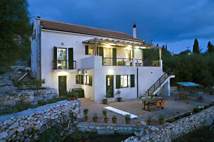 Villa Lazaretto - Anogi - Ev