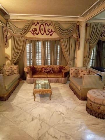 4bedrooms private villa