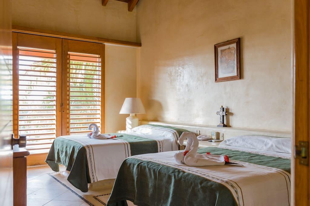 Hermoso y cómodo cuarto.