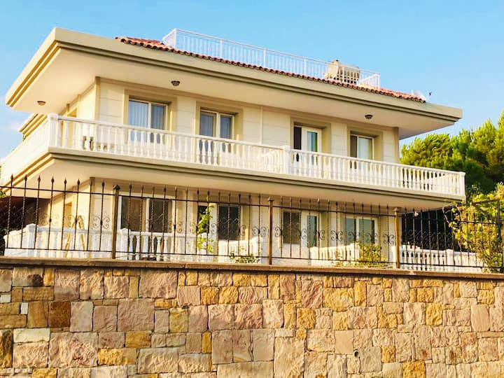 Villa AYBAY Cunda