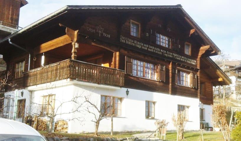 Sunny flat in Waltensburg/Vuorz - Waltensburg