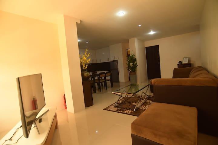 HARDROCK Residences  ( Family Room)