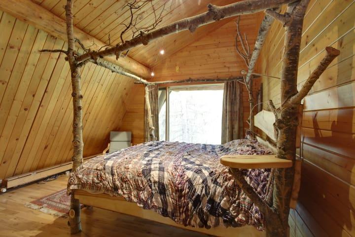 Poplar Bedroom (1)