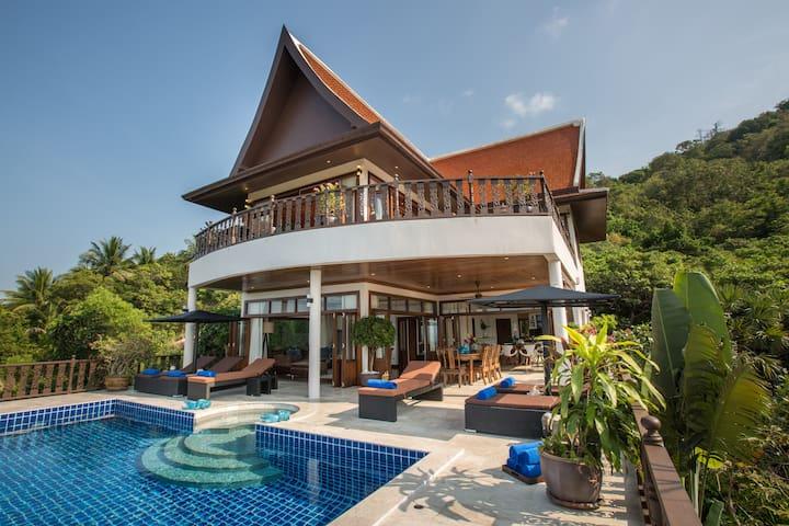 Peaceful 4BR Seaview Private Villa w/ Cinema & Gym