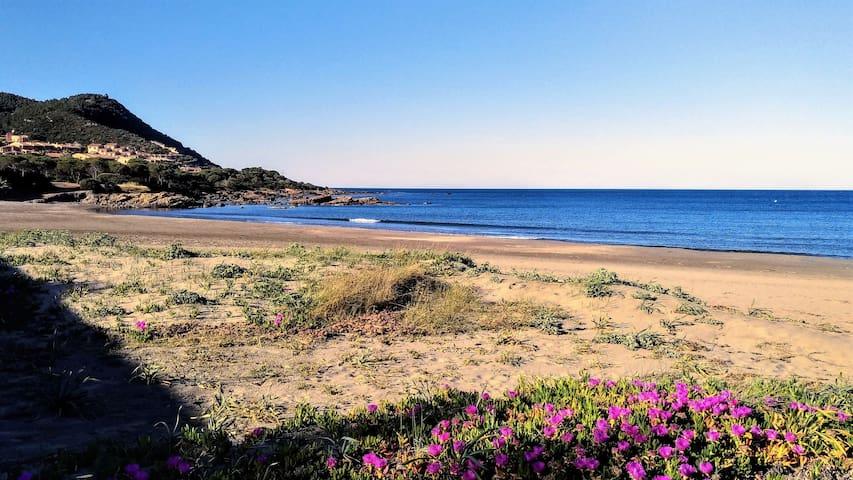 Spiaggia Porto Tramatzu -  Arenile