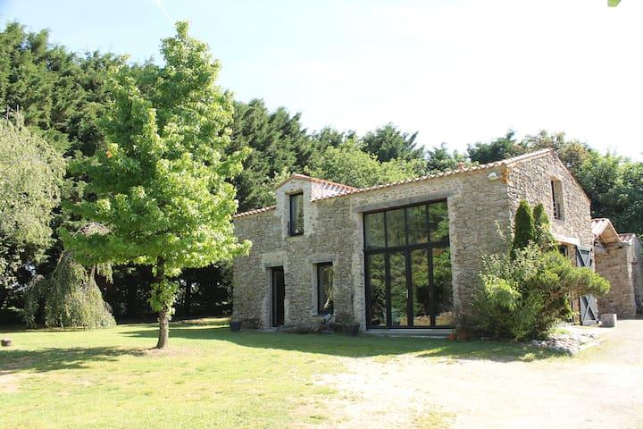 Grange authentique rénovée