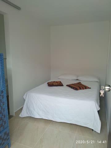 #8 Habitación con baño interno.