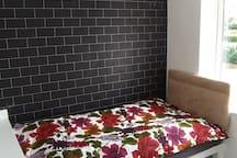 Double bedroom in Bilston
