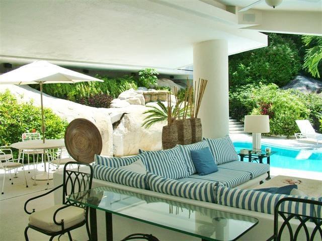 Luxury - Residencial Las Brisas
