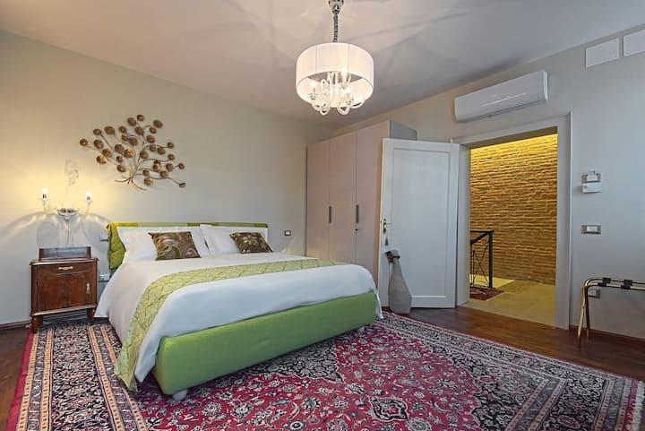 28 Alla Rotonda Silvia Room