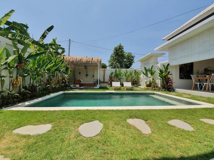 Villa Soul Bali Room 3 w/ pool in Eco-Beach Canggu