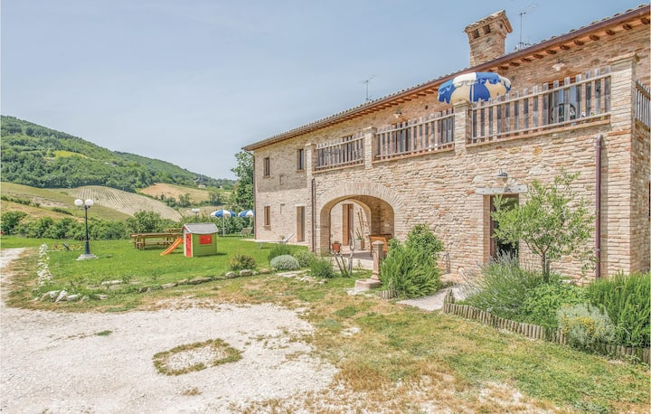 Awesome home in Urbino -PU- with WiFi and 2 Bedrooms