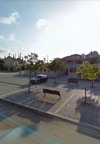 Appartement de village vue sur chappelle