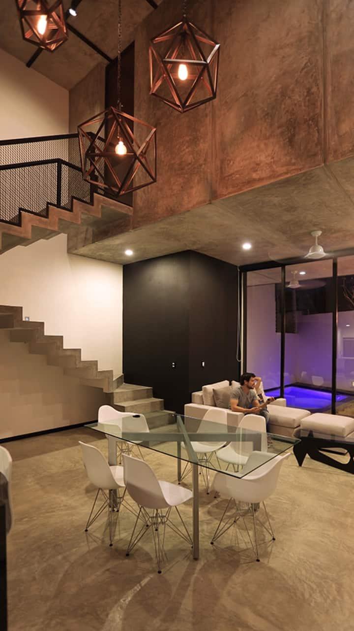 Loft moderno con piscina!