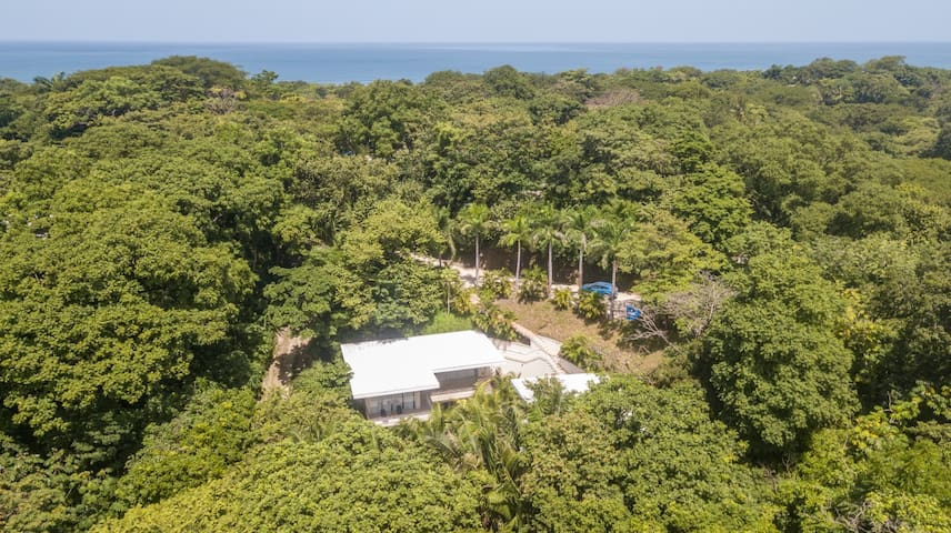 Perfect Family Vacation Getaway  - Jungle accommodations with comfort and style