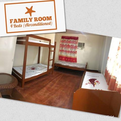 Badian B&B Packers Inn Family Room