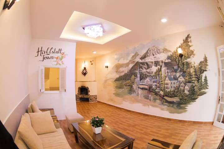 Dalat HallStatt family home