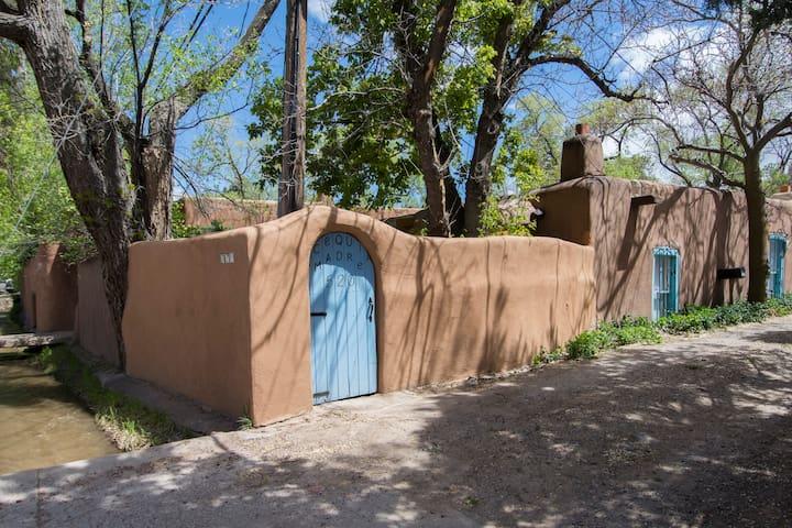 Casita Encantada -Historic Eastside Double Adobe!