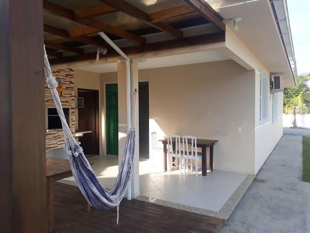Casa de Praia 3 quartos na Camboa com piscina.