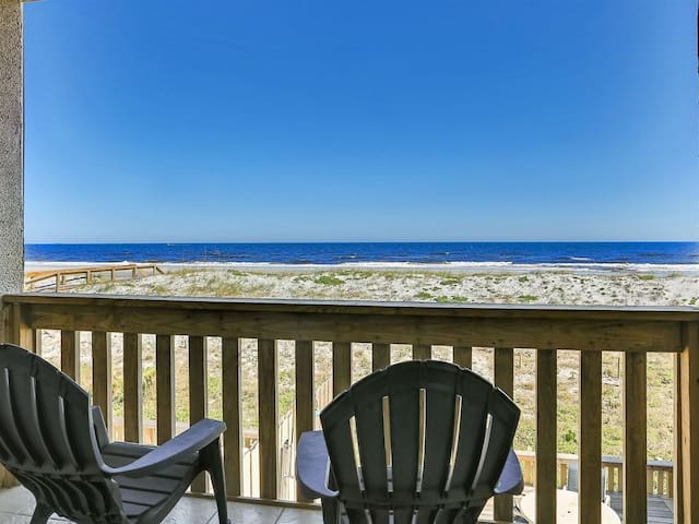 ***January/February Special!!!  ***Beach Paradise on Jacksonville Beach***