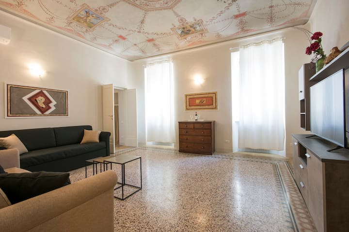 Few Steps from the Duomo -  Luxury Apartment