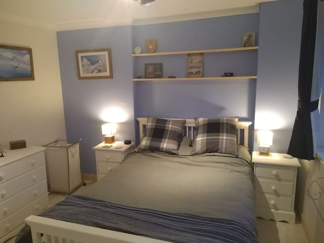 Comfortable well decorated spacious double room