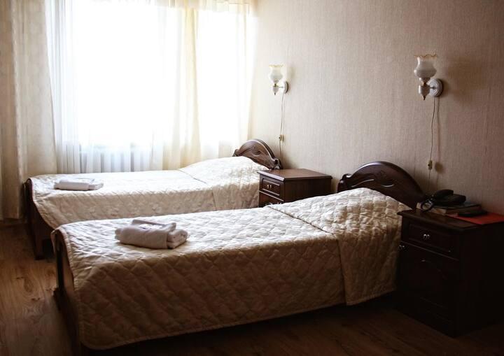 Комната в центре Москвы с 2 раздельными кроватями