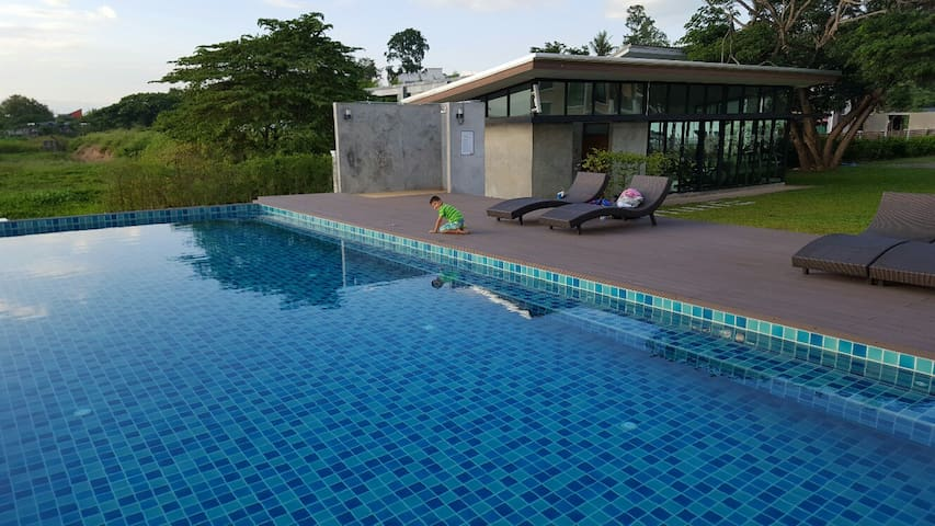 Swimming pool with toilets
