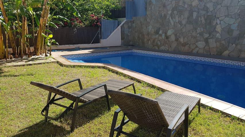 Maison individuelle avec piscine près de Sitges