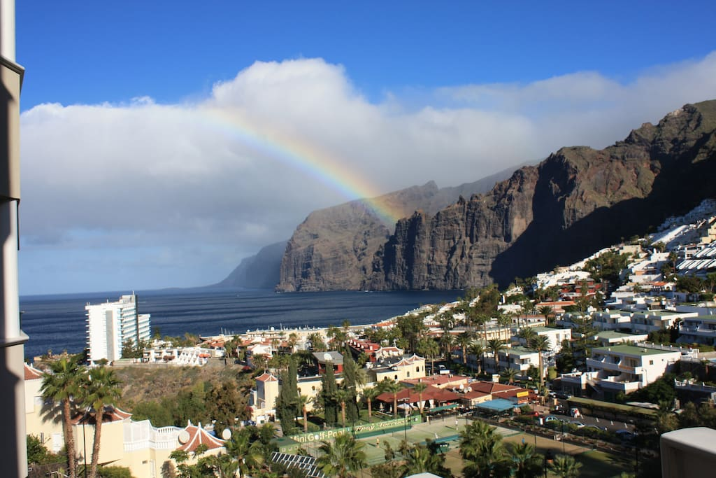 the rainbow above the cliffs