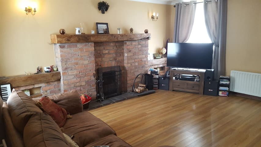 Lisburn 3 bed detached home