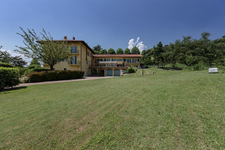 CASCINA BORDANA 10, Exclusivity Emma villas - Bollengo - Villa