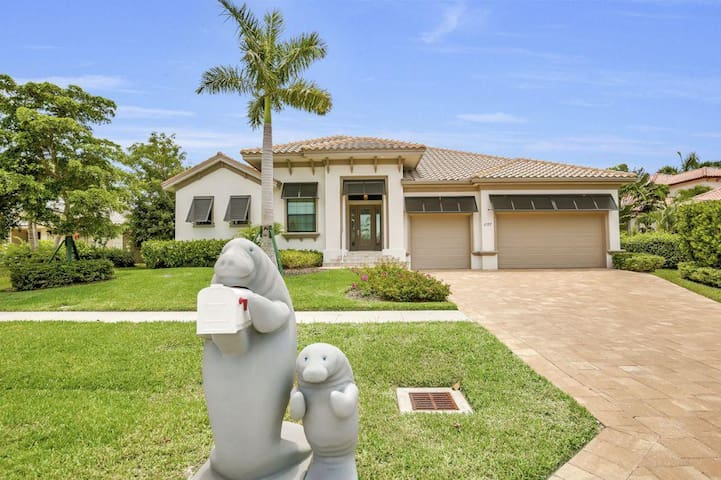 Gorgeous 4 bedroom waterfront home 1107 - Marco Island - Andre