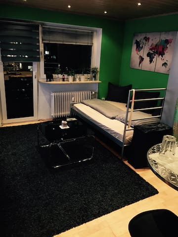Cozy Flat. Perfect for Fair Visitor - Fürth - Daire
