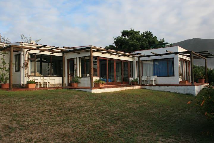 Onrus / Hermanus Holiday home for rent . - Onrus