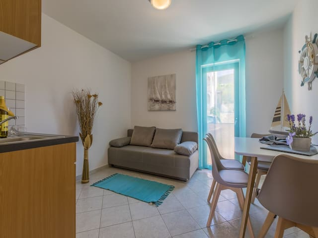 One bedroom Apartment, in Dramalj (Crikvenica), Terrace