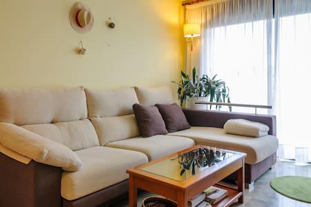 Apartamento en Girona - Girona - Huoneisto